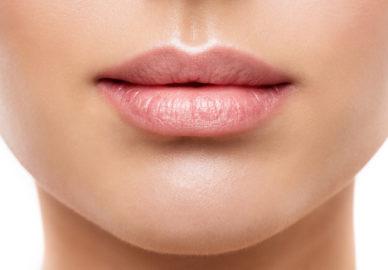 Zabiegi regenerujące usta.