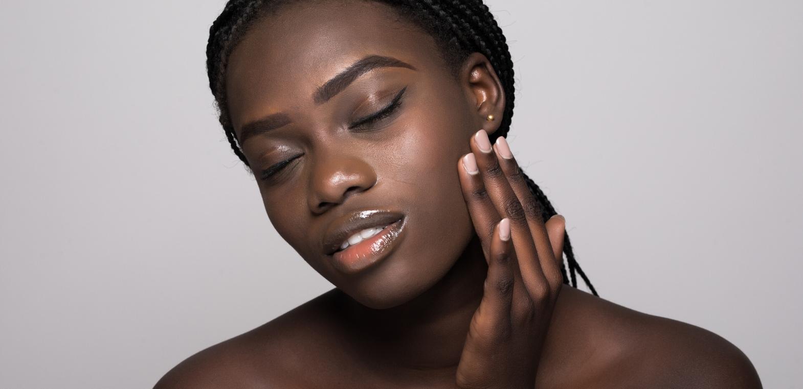Kwasy omega – pomoc w zdrowej skórze